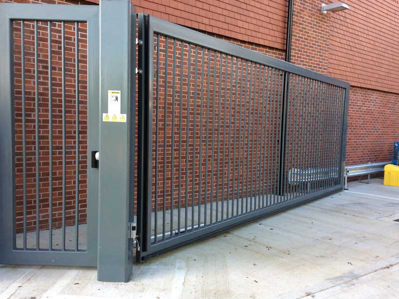 CG9600 Single Leaf Swing Gate with Pedestrian Gate
