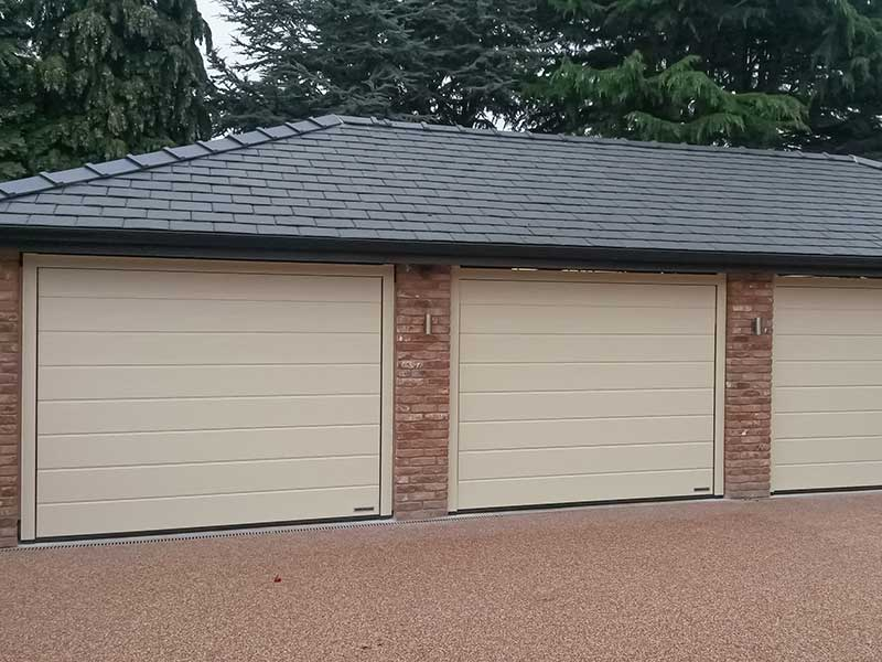 Garage doors Roller Shutter type