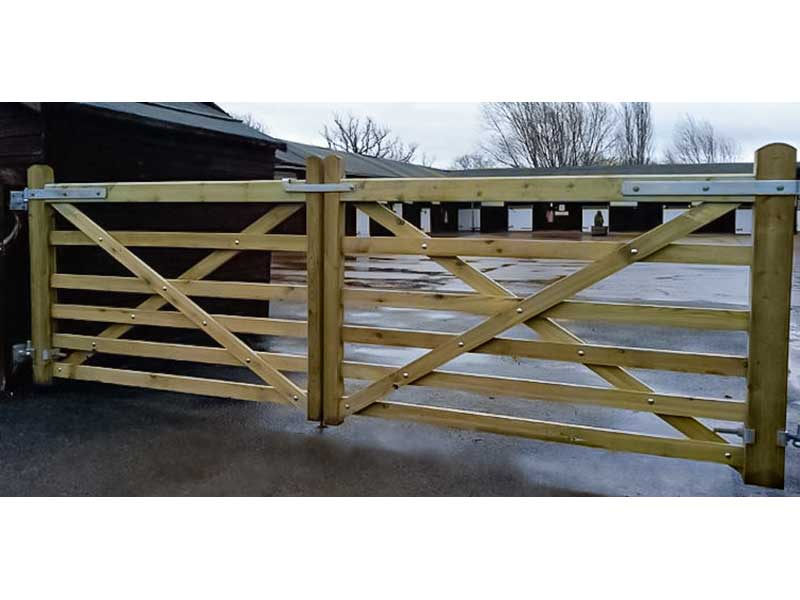 Wooden 5 Bar Farm Gates - The Field Gate - Softwood