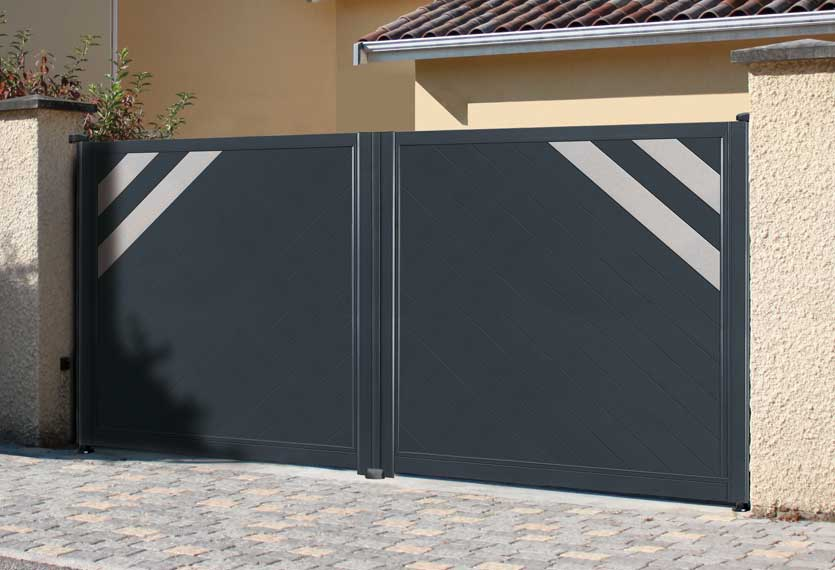 Horizal Anodised Collection - Kobal Aluminium Swing Gate