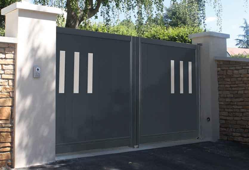 Horizal Stainless Collection - Alto Aluminium Swing Gates