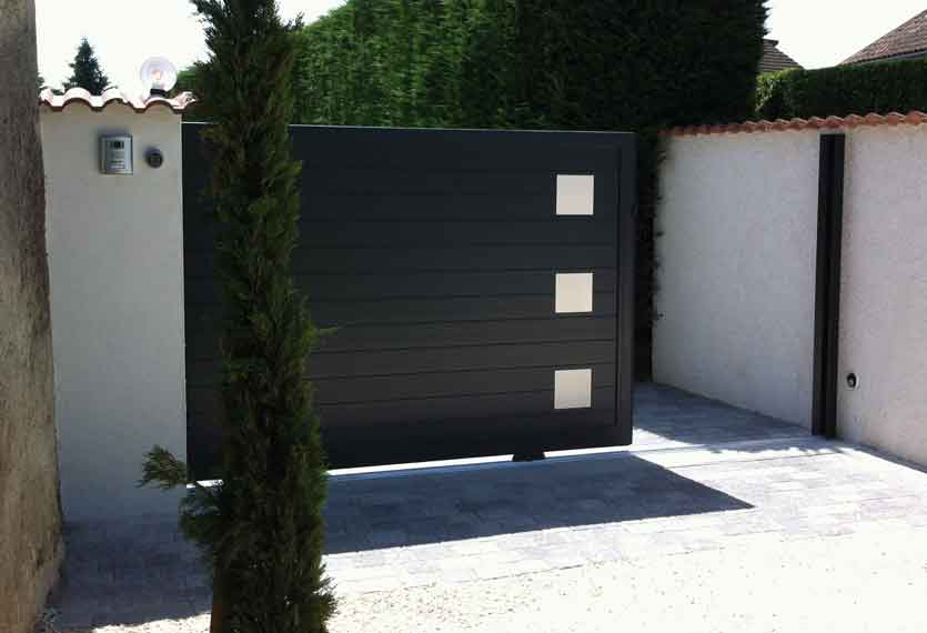 Horizal Stainless Collection - Kero Aluminium Sliding Gates