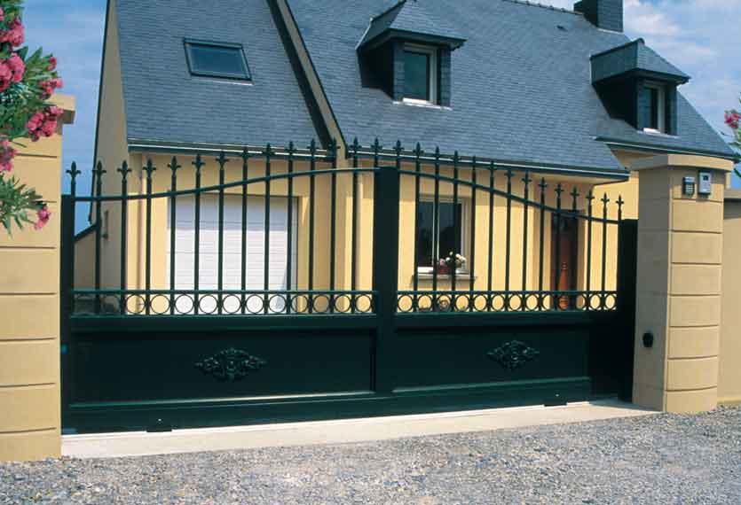 Horizal Traditional Collection - liparis Aluminium Swinging Gate