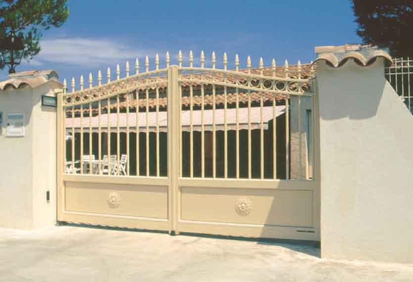 Horizal Traditional Collection - Montia Aluminium Swing Gates