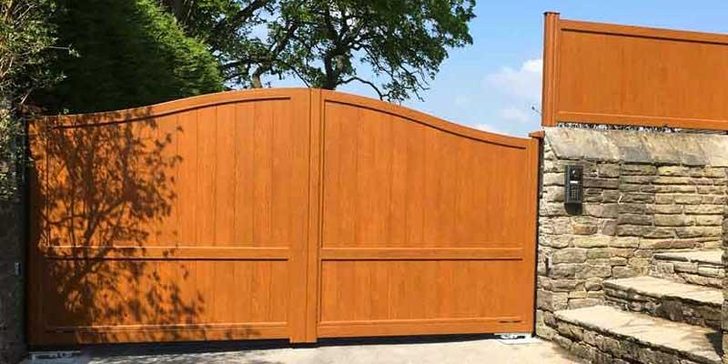 woodgrain effect railings