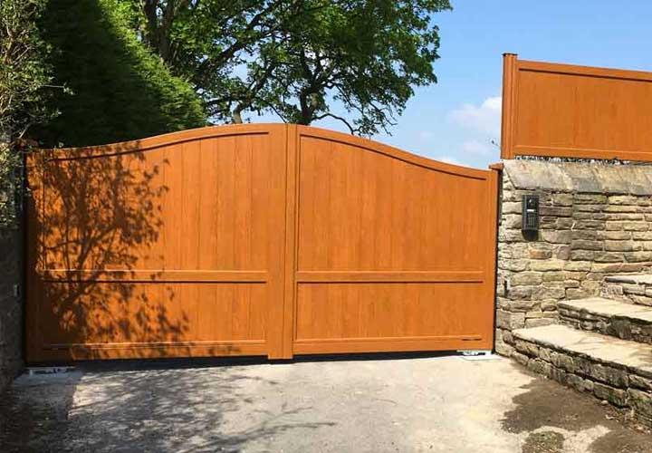 Horizal Aluminium Woodgrain Collection Railings